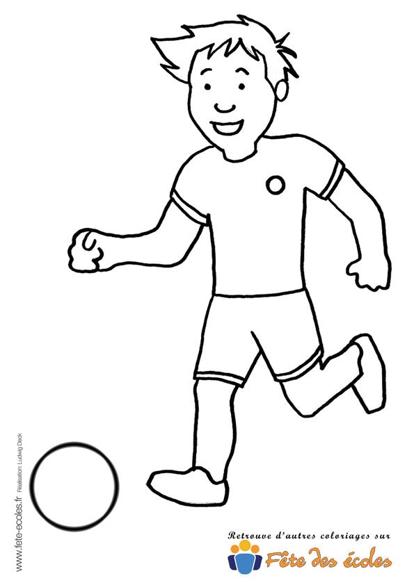 Coloriage De Foot Garcon.Coloriage Garcon Qui Joue Au Foot